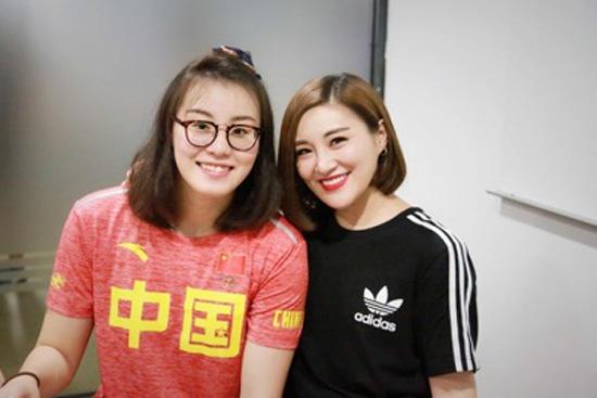 傅园慧曝恋爱观 现场讨论宁泽涛